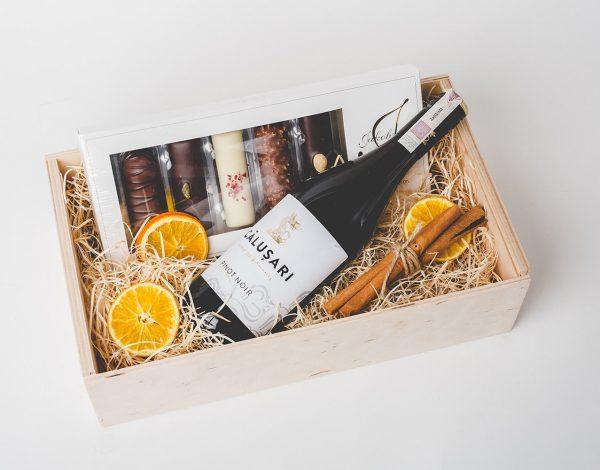 Zestaw Prezentowy Marzipan Chocolate Bars & Wine